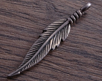 One Sterling Silver Large Double-sided Feather Charm Pendant  DB2M
