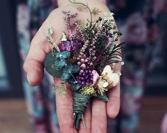 AYARI Green white-light blue groomsmen minimal buttonhole  Groom wedding eucalyptus boutonniere  Men/'s pocket clip corsage for weddings