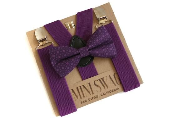 Prune noeud papillon et bretelles, violet anniversaire tenue, tenue de porteur de l'anneau, enfant en bas âge bretelles, jeu de bébé de noeud papillon, mariage bretelles violet