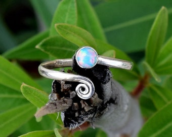 Toe Ring, Sterling Silver Toe Ring, Toe Rings, Blue Opal Toe Ring, Foot Accessories, Foot Ring, Stone Toe Ring, Band Toe , Foot Jewelry
