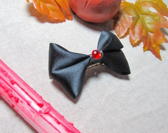 Vampire Inspired Hair Bow - Black Red Goth Hair Clip - Halloween Hair Clip - Mini Girls Hairbow - Satin Ribbon Hair Accessory