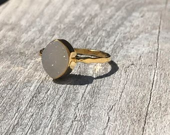 Jaclyn Druzy Stone chic Ring - OOOOO49