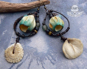 Pair of earthy boho rustic  organic woodfired porcelain barnacle pods ceramic  dangle  earrings D'Emeraude et d'Os  by KaouennCeramics