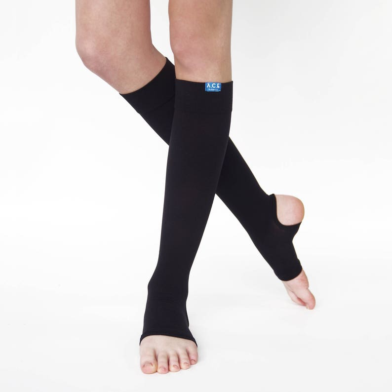 bab2bc73f75 15 20 mmHg Bamboo Blend Compression Stirrups for Men and Women