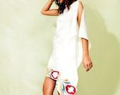 READY TO SHIP White Silk Short Caftan Tunic Mini Dress with Uzbek Silk Ikat Elegant Summer Flowy White Midi Kaftan Beach Wedding Dress