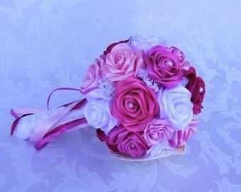 Bouquet de mariée rond/Bouquet mariage avec roses en satin et dentelle/Bouquet de mariée rose, fuchsia et blanc/Mariage champêtre chic