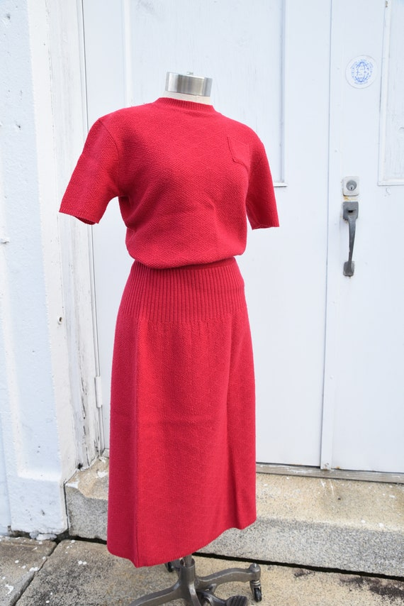 Vintage 1940s Red Knit Sweater 2 Piece Set Early … - image 3