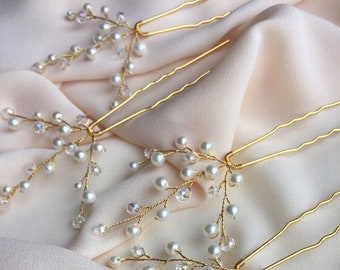 Wedding Hair Pins SET OF FOUR Bridesmaid Jewelry Bridal Hair Pins Mini Clips Wedding Hair Piece Small Comb with pearl and transparent beads