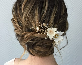 Wedding comb with ivory and white flowers, peach glass beads, pearls