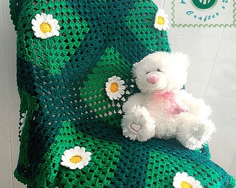 Crocheted wild daisies baby blanket/throw - free worldwide shipping