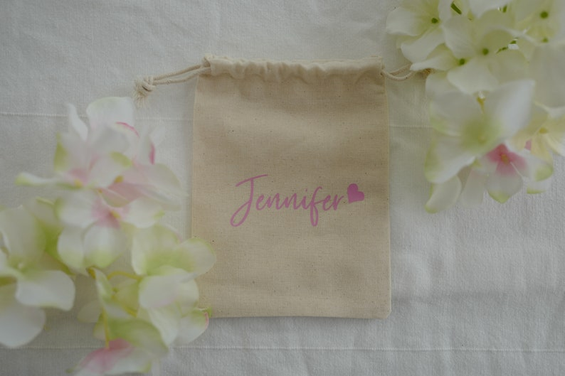 Bridesmaid Pouch Wedding Favor Pouch Set of 5 Cotton Muslin Bag 4.7 x 6.3 Custom Name Pouches Bridesmaid Gift Gift for Bridesmaids