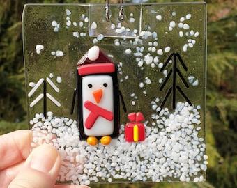 Make your own Christmas Penguin scene, Fused glass Christmas Penguin kit, firing included in cost.