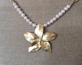 Pearl and Flower Choker