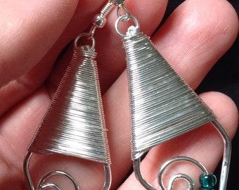 Funky silvertone geometric earrings w/blue beads