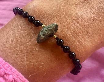 Pretty onyx and pyrite bracelet