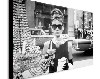 95b7e0e67e9 Audrey Hepburn - Breakfast at Tiffany s - Canvas Wall Art Framed Print -  Various Sizes
