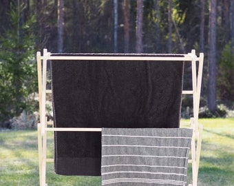 Towel airer, wooden foldable towel rack. Pesuliisu puidust rätikurest.