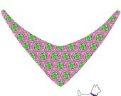 Candy Colors mit Blümchen in Grün auf Pink - Hundehalstuch zum Binden