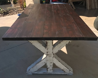 MAGNUS Farmhouse Table