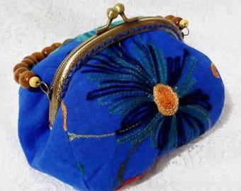 Linen Embroidery Flower Kisslock Bag Clasp Frame Bag Shoulder Bag Blue Purse with wooden beads handle Vintage Bag