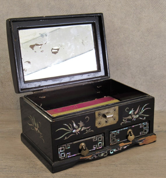 Mirrored Lid 2 Drawers Inlaid AbaloneMother of Pearl in DragonBirdGreek Key Designs Silk-Lined VTG Chinese JEWELRY BOX