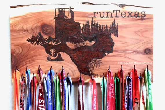 runTexas - Texas State Race Medal Holder, woodburned on cedar, incl. 20 hooks **FREE US SHIPPING**