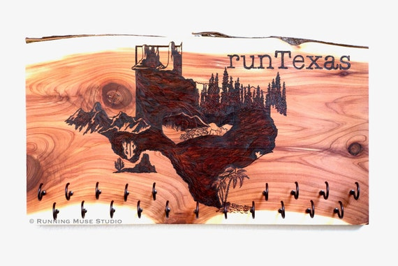 runTexas - Texas State Race Medal Holder, woodburned on cedar, incl. 20 hooks **FREE US SHIPPING**