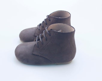 Vintage Boots | Leather toddler boots | baby lace up boots | Nubuck boots | vintage baby boots | dark brown baby boots