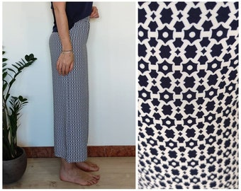 Gaucho viscose trousers, white and blue pattern, size S - summery women's trousers, fresh, with elastic at the waist