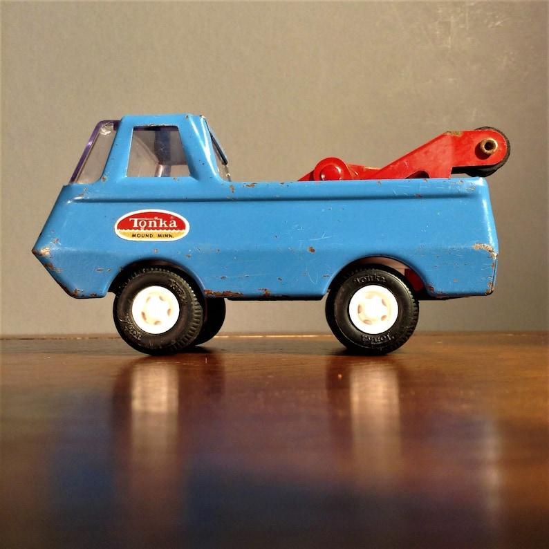 Tonka Toy Trucks >> Tonka Truck Vintage Tiny Tonka Wrecker Pickup Truck W Tow Rig 5 Tonka Tow Truck Pressed Steel 1960s Tonka Toys 555 Mound Minn Usa