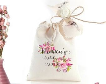 Bridal party favors Bridal shower favor bags Personalized favor bags Hen party favours Custom wedding shower gifts Bridal shower decorations