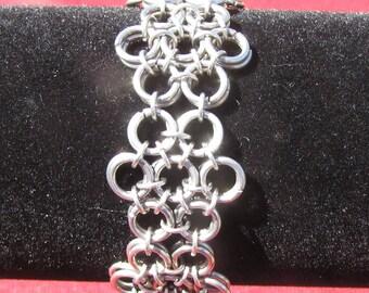 Japanese Flower Bracelet