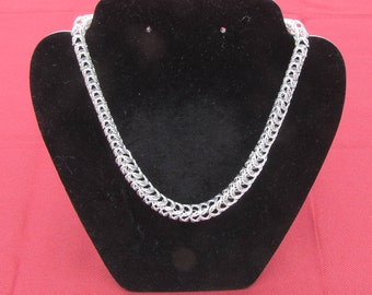 Graduated Box Chainmaille Necklace