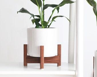 "Shorty Mid-Century Modern Cylinder Desktop Planter set with solid Wood Planter Stand - 6"" Ceramic Cylinder Pot"