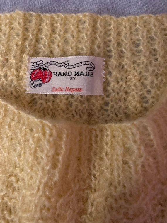 80s hand knit mohair blend cable knit gilet // fi… - image 6