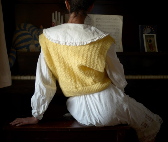 80s hand knit mohair blend cable knit gilet // fi… - image 2