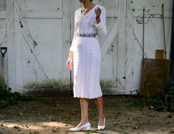 70s does 30s cream cotton scalloped seashell knit
