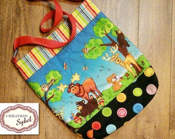 Tote, moose, bear, squirrel, quilted, lined, interlined, 33cm H X 28 cm L, strap adjustable 82cm, gift for child