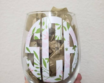 Circle Monogram Floral Wine Glass!!!!
