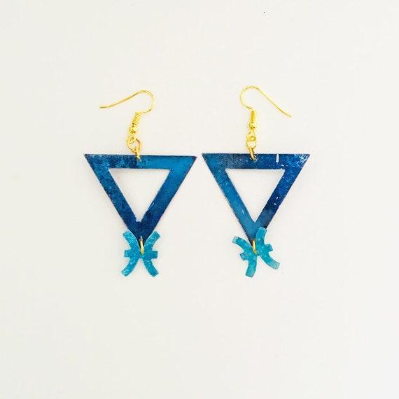 Pisces - Zodiac geometric earrings - Water symbol earrings - Pisces astrological earrings - Triangle astrology earring - Gift for her