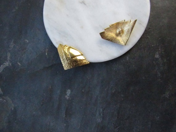Monet Triangle Rugged Shield Gold Pierced Earring… - image 4
