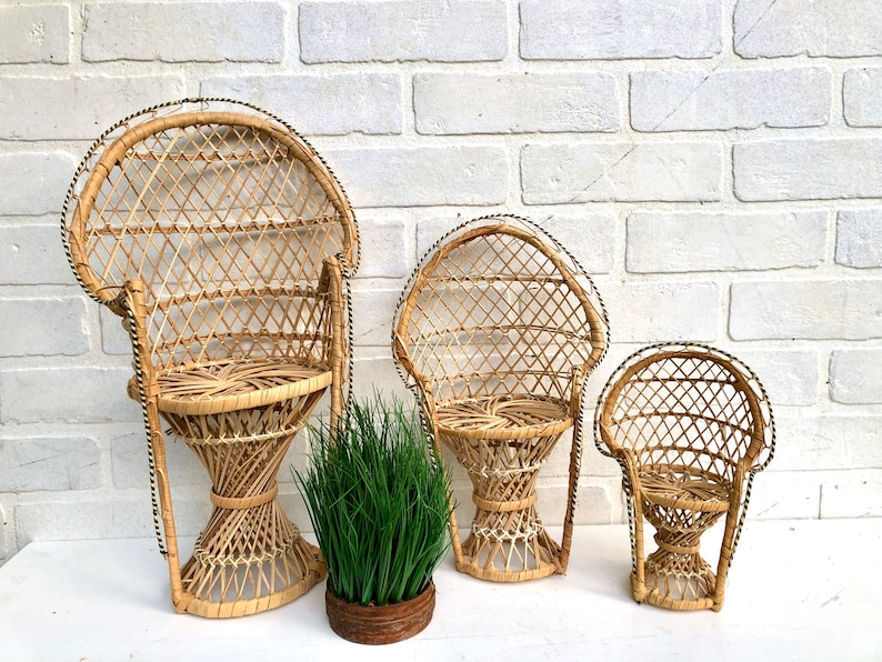 Vintage Wicker Peacock Chair. Mini Peacock Chair. Plant Stand. image 0