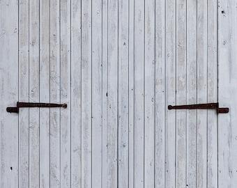 Photo Booth Backdrop - Weathered Barn Doors