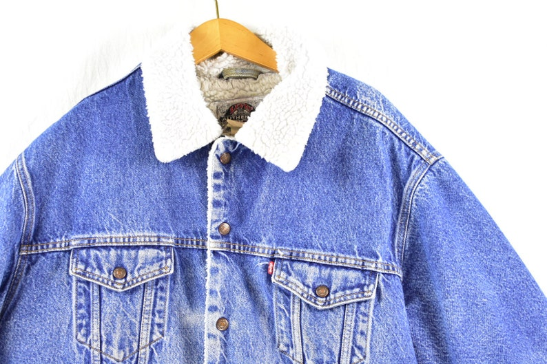 28612b12f9 Vintage 90s levis sherpa lined denim trucker jacket size XL