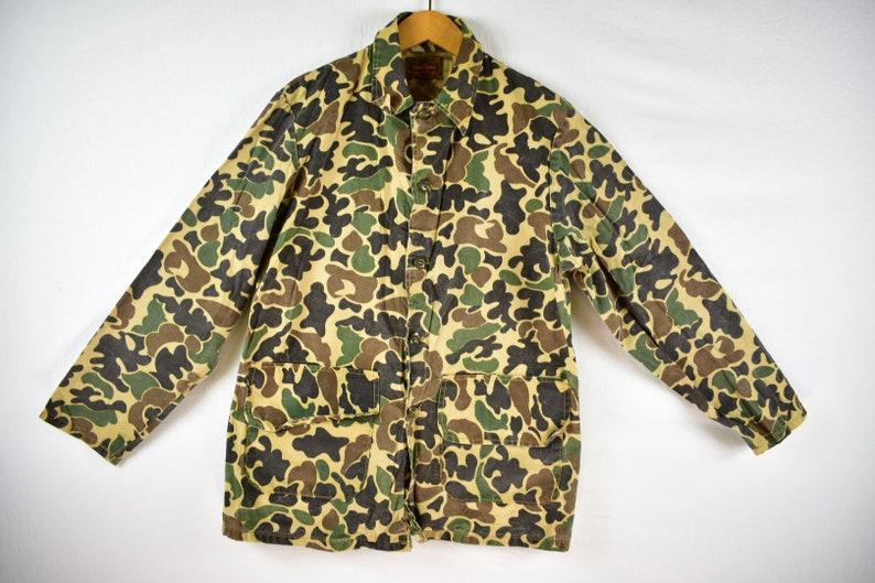 9e37c8e7e5870 Vintage 70s saf T bak duck camo hunting shirt jacket size | Etsy