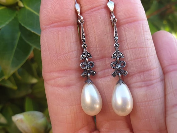 Art deco Silver Faux Pearl Drop Earrings