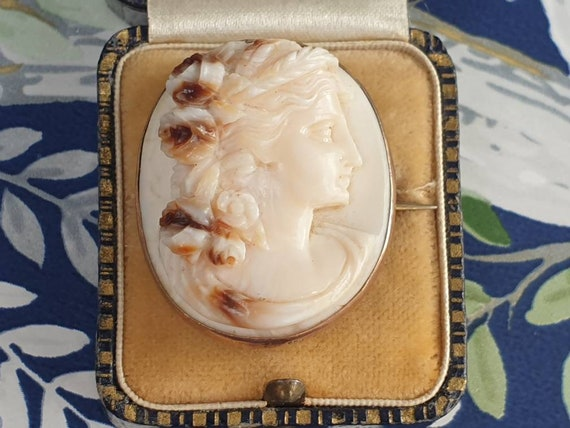 Edwardian Rose Gold Cameo Brooch