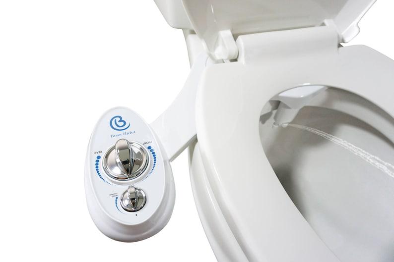 Toilet Met Sproeier : Bidet toilet bijlage baas reinigt je achterste dual etsy