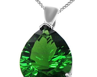 Jewel Zone US 14k Gold Over Sterling Silver 4.00 Ct Millennium Cut Forest Green Simulated Helenite Pendant (4.00 Ct)