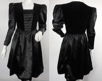 1980s Puffed Sleeve Dress / 1980s Black Dress / Vintage 80s Dress / Vintage 80s Party Dress / UK 10 US 6